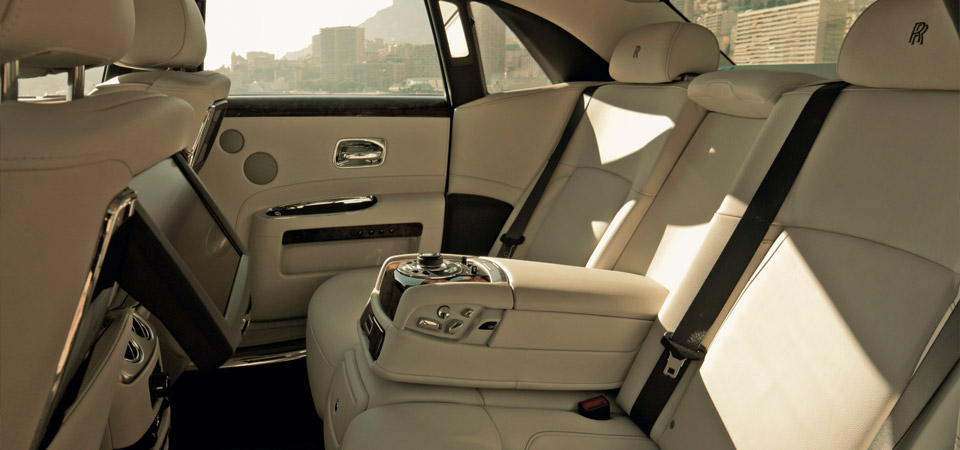 slider_rolls-royce-ghost_interior2