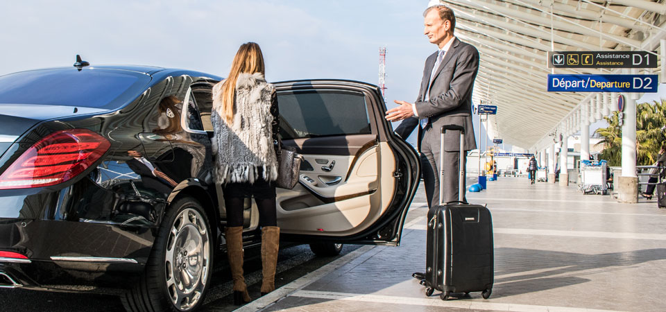 slider_services-airport-transfer-maybach